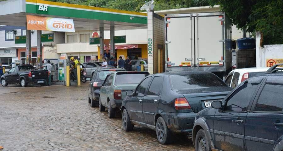 gasolina custara 2 reais por um dia sem